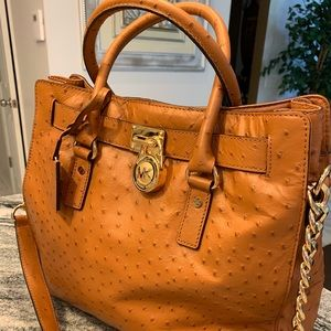 Michael Kors Bag! Excellent condition. See pic 8